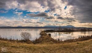 Jezero z druge strani