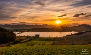 Sončni zahod s sončno zvezdo, Perniško jezero
